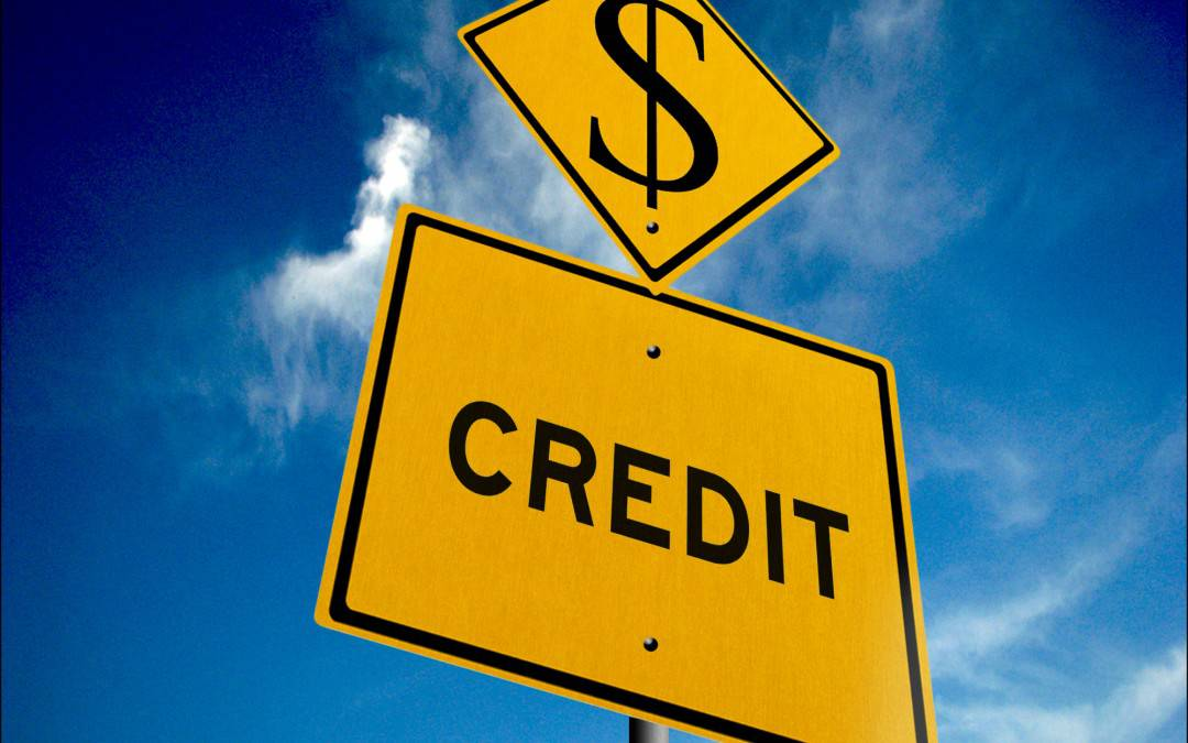 Credit Reports Will See A Major Overhaul  / Los Reportes De Credito Apunto De Ver Grandes Revisiones by Patty Manzanares, Sr. Loan Advisor, ALM